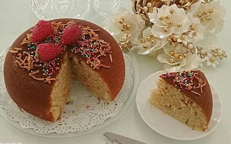 طرز تهیه کیک شیر داغ با بافت لطیف و نکته های طلایی