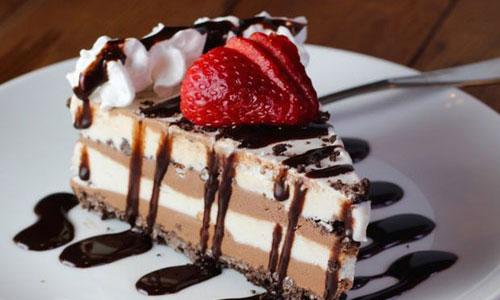 آموزش طرز تهیه کیک بستنی نارگیلی