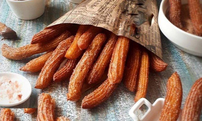 طرز تهیه چوروس دسر خوشمزه اسپانیایی با دستور ساده