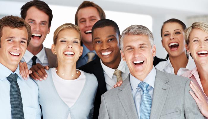 چگونه مشتری های دائمی داشته باشیم؟ 6 ترفند جذب مشتری همیشگی