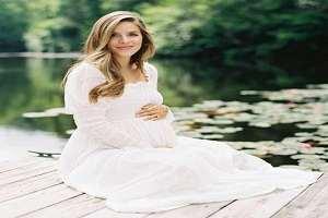 تصویر از ژست عکس بارداری تکی و با همسر
