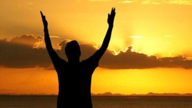 تصویر از چگونه می توانیم به خدا نزدیک شویم؟ چه کنم به خداوند نزدیکتر شوم؟