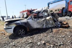 تصویر از تصادف آتشین مینی بوس و سمند در تهران