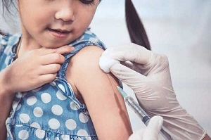 تصویر از آغاز واکسیناسیون کودکان در چین و اسرائیل