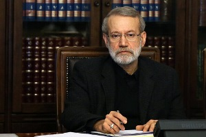 تصویر از علی لاریجانی به رهبر انقلاب نامه نوشت