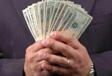 تصویر از تاثیر پول بر رفتار انسانها