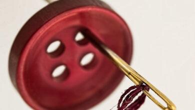 تصویر از تعبیر خواب دکمه 🌒 تعبیر خواب دوختن دکمه به لباس/ تعبیر دکمه از دیدگاه یونگ