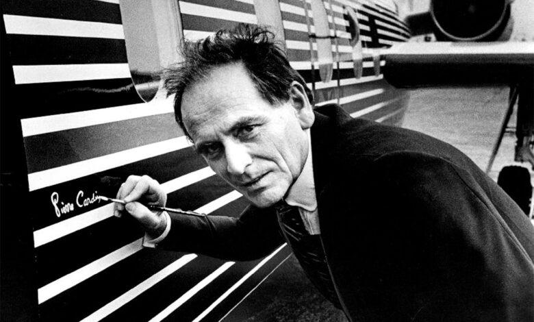 پیر کاردین - نگاهی موشکافانه به آثار بی نظیر پیر کاردین در طراحی مبلمان و معماری